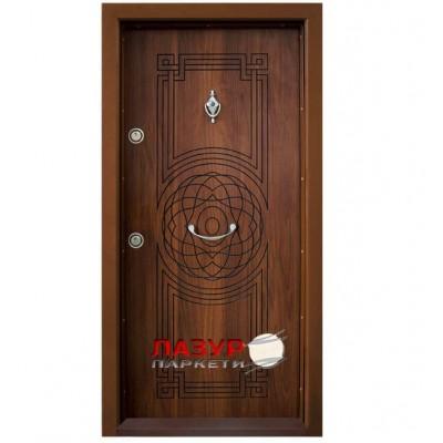 Блиндирана входна врата  Т110 златен дъб