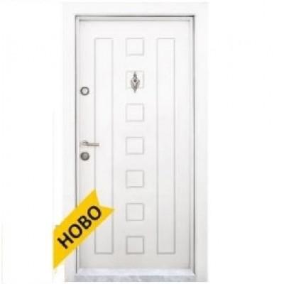 Блиндирана входна врата  Т 712 Бяла