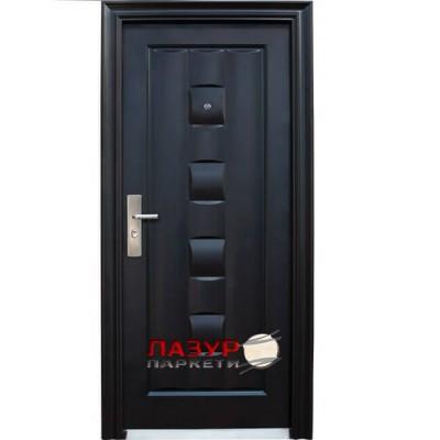 Блиндирана входна врата 137-Р