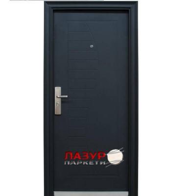 Блиндирана входна врата 701-В